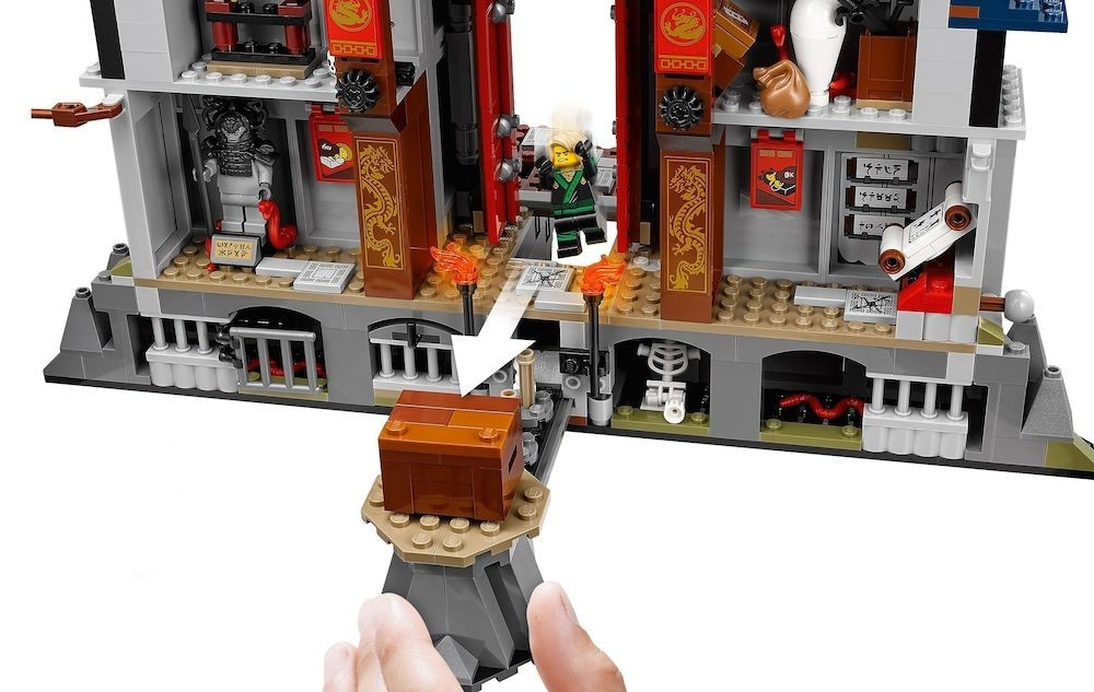 LEGO - LEGO Ninjago Movie, Templul armei supreme 70617 -